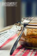 Kirschkuchen im Glas - Gefangene Kirschen hinter Glas