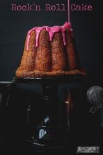 1A-rock-roll-cake