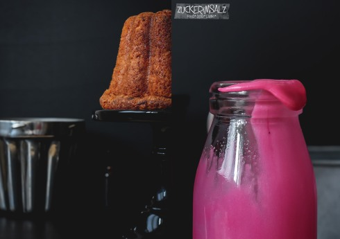 6-rock-roll-cake