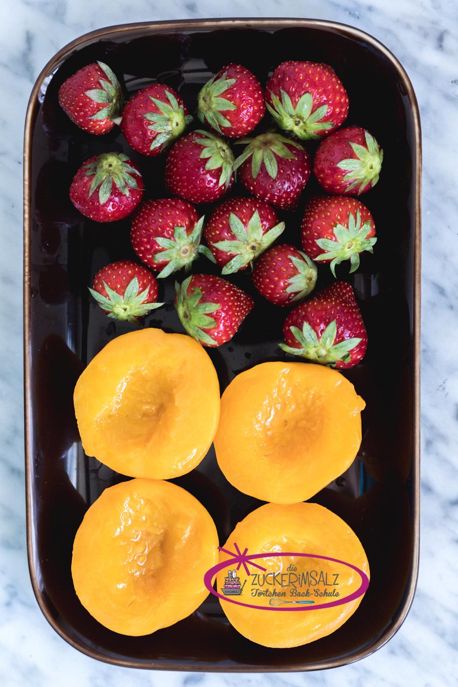 Erdbeeren, Pfirsiche, Backschule, Torten einstreichen und stapeln, Schritt für Schritt